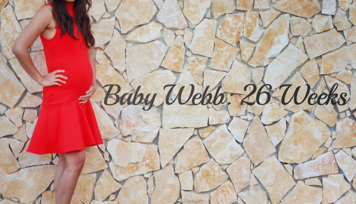 Summer Reds + Baby Bump Update {26 Weeks}